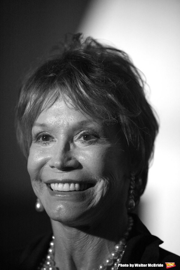 Mary Tyler Moore attending the book Party for the debut release of Bernadette Peter's Photo