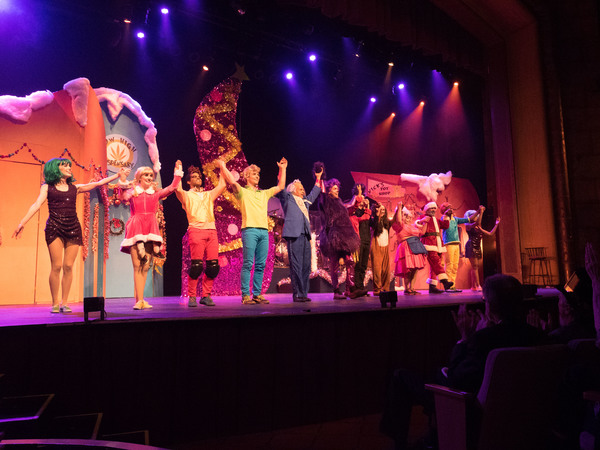 Photo Coverage: Curtain Call And New Year's Eve Celebration With The Troubies HOW THE PRINCH STOLE CHRISTMAS!