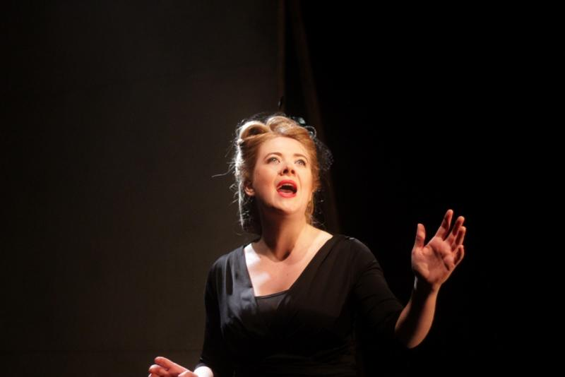 BWW Review: Joanne Hartstone Creates A Moving, Authentic Portrait of Hollywood's Golden Age in THE GIRL WHO JUMPED OFF THE HOLLYWOOD SIGN