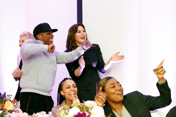 Leslie Odom Jr.; Actress Nicolette Robinson; Actress Mariska Hargitay; Actress Patina Miller