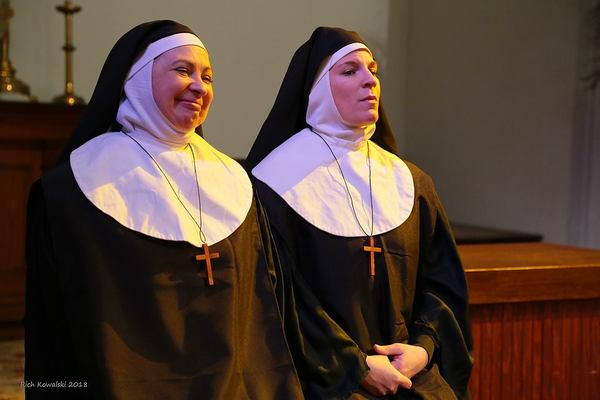 Janet Fanale as Sister Mary Eugenia and Kristen Gehling as Sister Mary Agnes