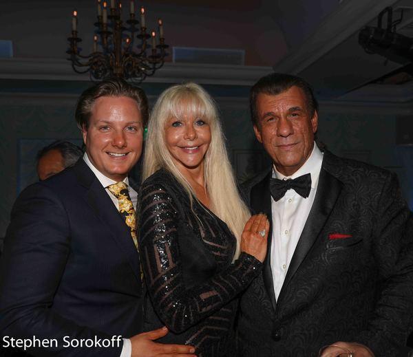 Photo Coverage: Robert Davi Makes His Royal Room Debut at The Colony Hotel