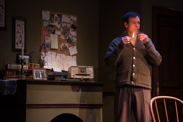 Photo Flash: First Look at Kansas City Actors Theatre's Production of at SEA MARKS