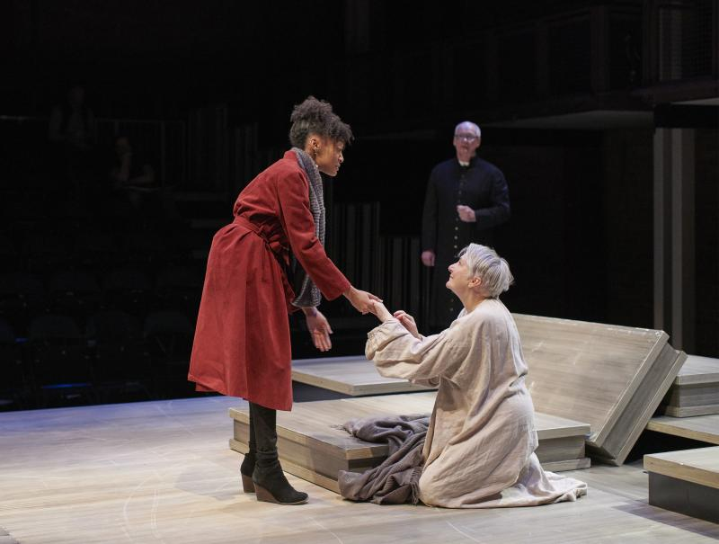 BWW Review: Powerhouse Performances Deliver a Riveting LEAR
