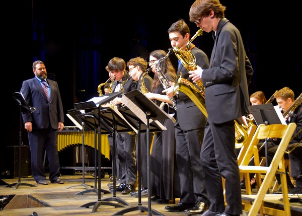 Weston High School Jazz Ensemble, Steve Fasoli, conductor (at left)