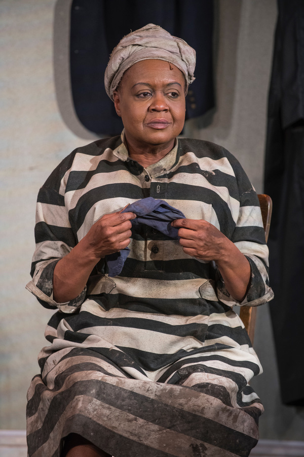 Photo Flash: First Look at Milwaukee Repertory Theater's BLACK PEARL SINGS!