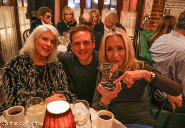 Photos: Steven Maglio 'Having A Good Time' at the Beach Cafe