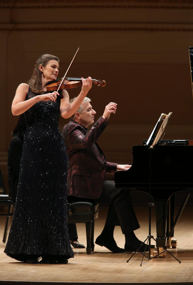 BWW Review: JANINE JANSEN at CARNEGIE HALL - The Perfect End to a Weekend Celebrating Women