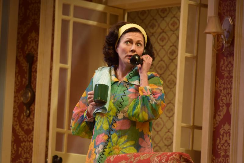 BWW Review: HOW THE OTHER HALF LOVES at Florida Rep is Clever and Comical!