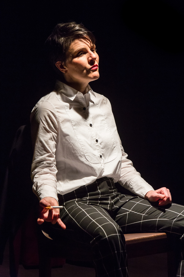 Profile Theatre's 2.5 Minute Ride by Lisa Kron featuring Allison Mickelson. Ph Photo