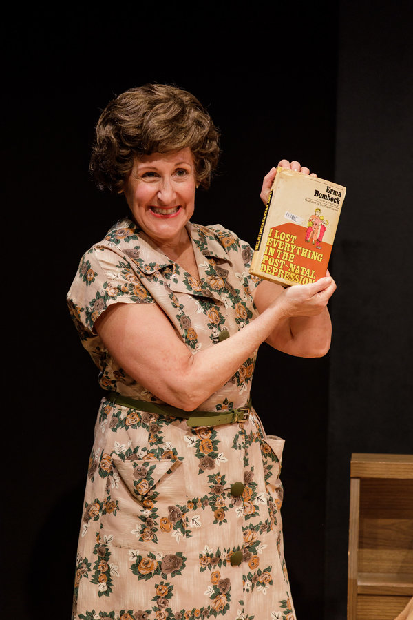Photo Flash Erma Bombeck At Wit S End Extends At Geva