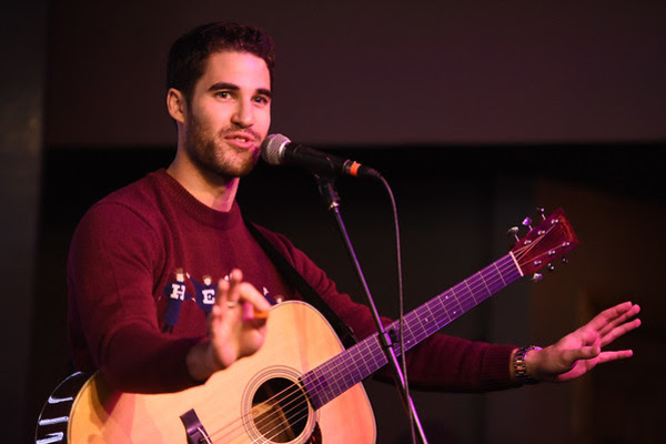 DARREN CRISS Photo by Fred Hayes