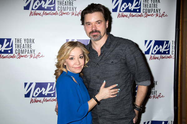 Jennifer Cody, Hunter Foster