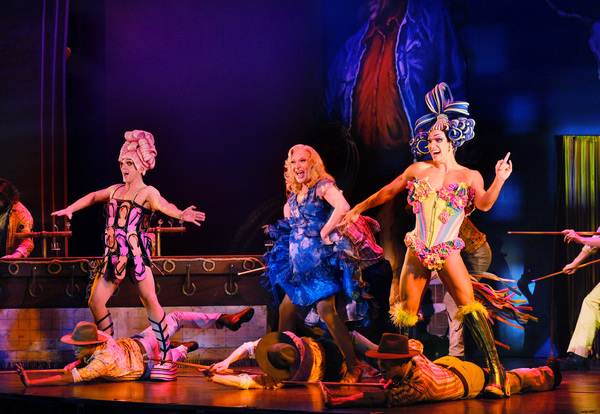 Photo Flash: Tony Sheldon Returns to His Tony Nominated Roots in PRISCILLA, QUEEN OF THE DESERT