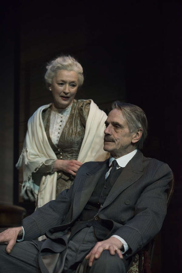 Jeremy Irons as James Tyrone and Lesley Manville as Mary Tyrone