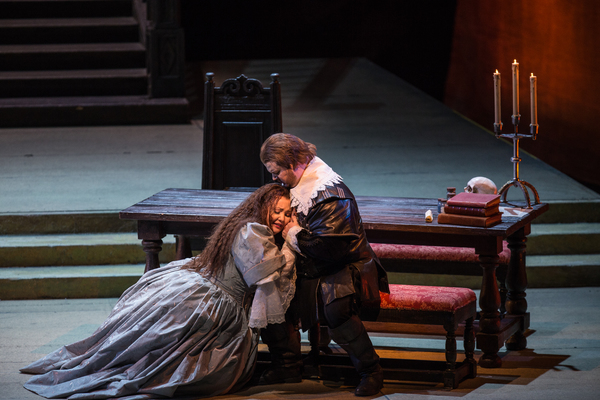 Photo Flash: I PURITANI Opens at Lyric Opera of Chicago This Week