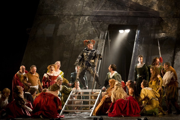 Photos: Royal Opera House Cinema Series Continues With David McVicar's Production Of Verdi's RIGOLETTO