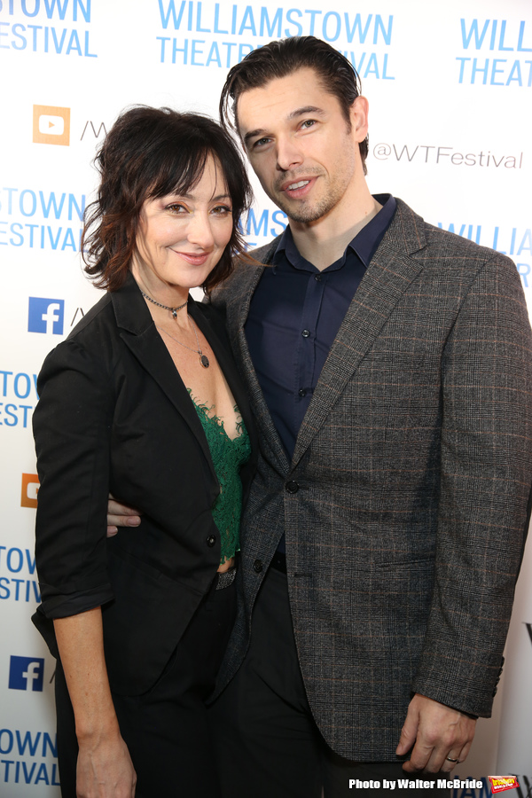 Carmen Cusack and Paul Telfer