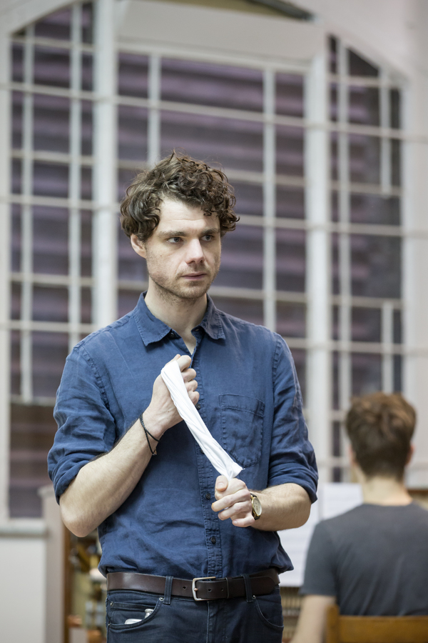 Photos: Inside Rehearsals for SUMMER AND SMOKE at the Almeida