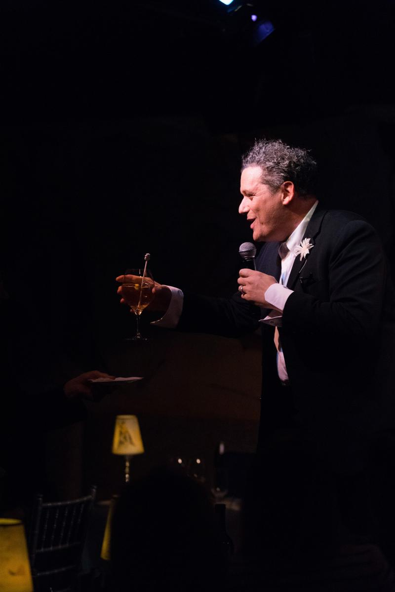 BWW Review: Isaac Mizrahi Plants His Own Tree in Sophomore Show MODERATE TO SEVERE at Cafe Carlyle