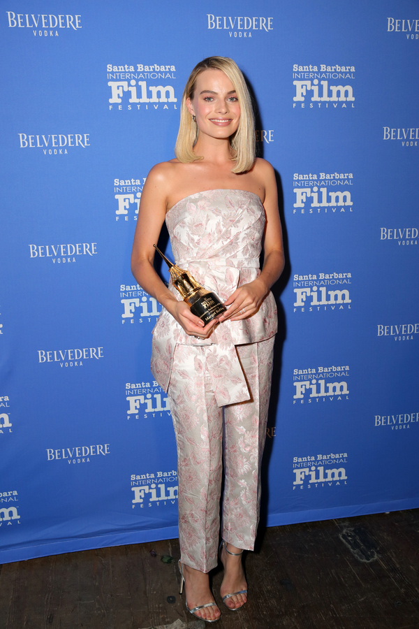 Photos: I, TONYA Stars Margot Robbie and Allison Janney Receive Outstanding Performers of the Year Award