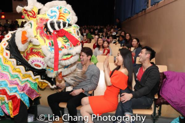 Chinese Lion Dance by Kwan's Kung Fu, with Sam Tanabe, YoonJeong Seong, Hansel Tan