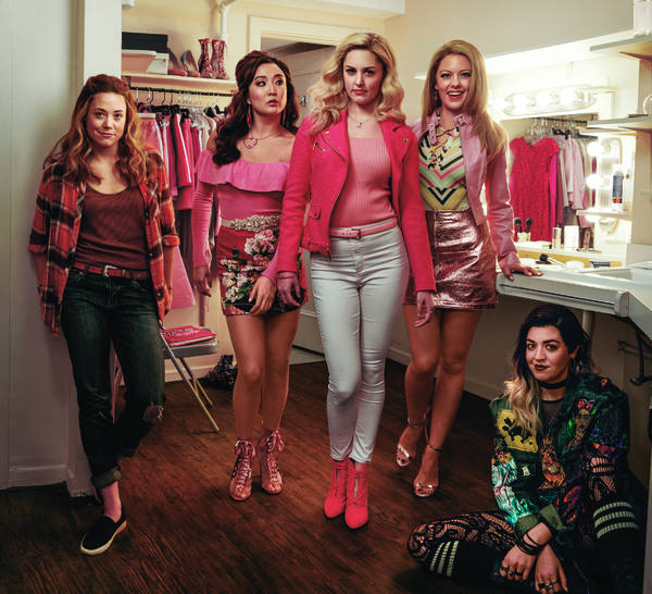 Photo Flash: Annie Leibovitz Makes Fetch Happen in a New MEAN GIRLS Cast Photo for Vogue