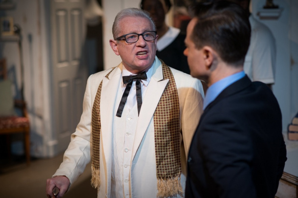 Photos: Passion And Glamour In '60s White House Musical HOT LIPS AND COLD WAR