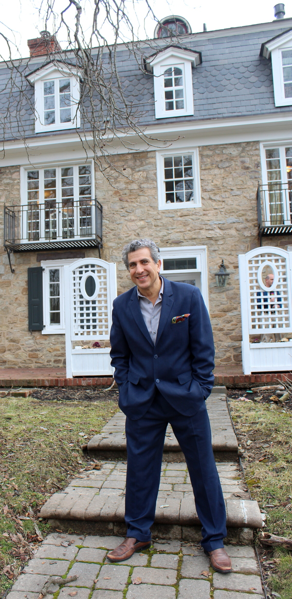 Photo Flash: Frank Ferrante Visits Former Home of George S. Kaufman in Bucks County as preview to AN EVENING WITH GROUCHO