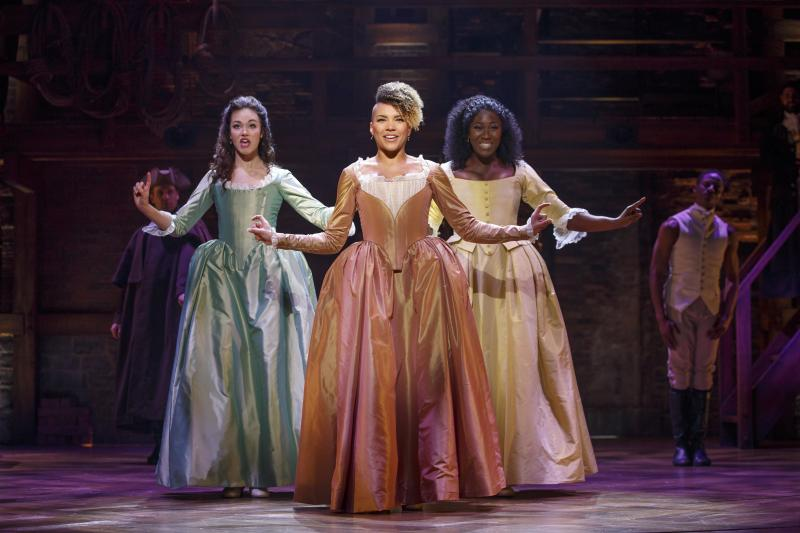 BWW Review: HAMILTON at the Paramount Does Not Throw Away Its Shot