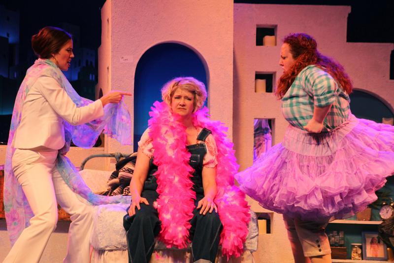 BWW Review: MAMMA MIA! at Broadway Palm is Fabulously Fun!