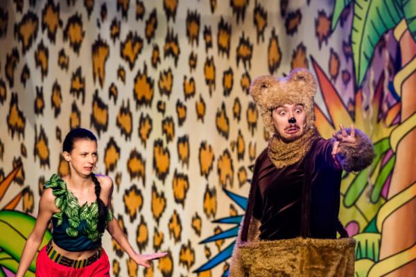 Rachael Stratton as Mowgli and Saul Boyer as Baloo