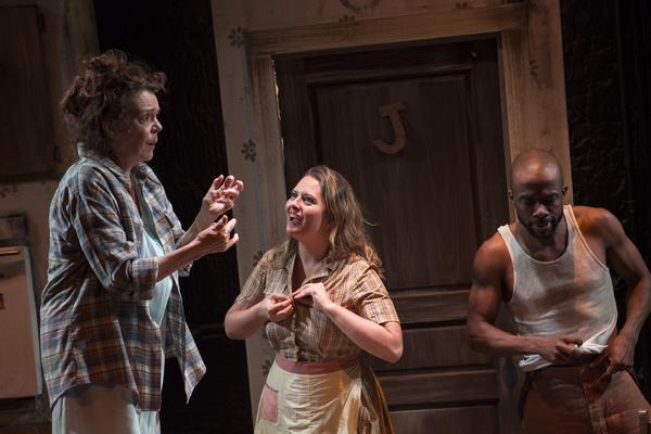Deirdre O'Connell as Eller, Jessie Dean as Leafy, Shaun Patrick Tubbs as That Man