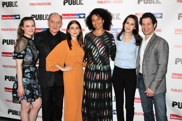 Gillian Jacobs, Zach Grenier, Aya Cash, Eisa Davis, Sarah Burgess and Thomas Kail Photo