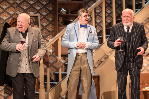 Photo Flash: First Look at the UK Tour of SOME MOTHERS DO 'AVE 'EM