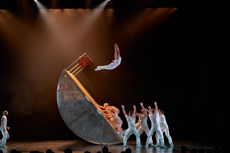 BWW Review: DIAVOLO: ARCHITECTURE IN MOTION at The Kennedy Center