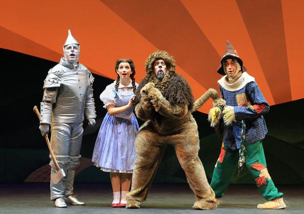 Tin Man (Christopher Russell), Dorothy (Kailee Kaimann), Lion (Victor Legarreta) and  Photo