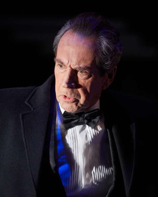 Photos: First Look at FROST/NIXON at Sheffield Theaters