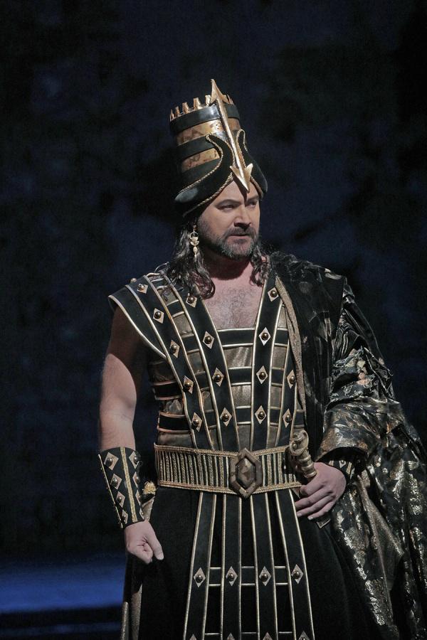 "Ildar Abdrazakov as Assur in Rossini's ""Semiramide.""  Photo"