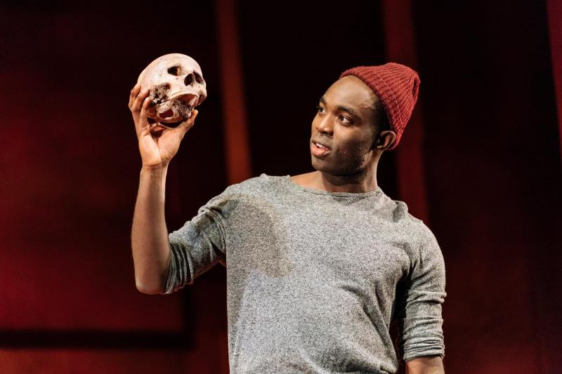 BWW Interview: James Cooney Talks HAMLET Tour