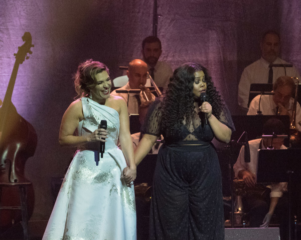 Shoshana Bean and Amber Riley