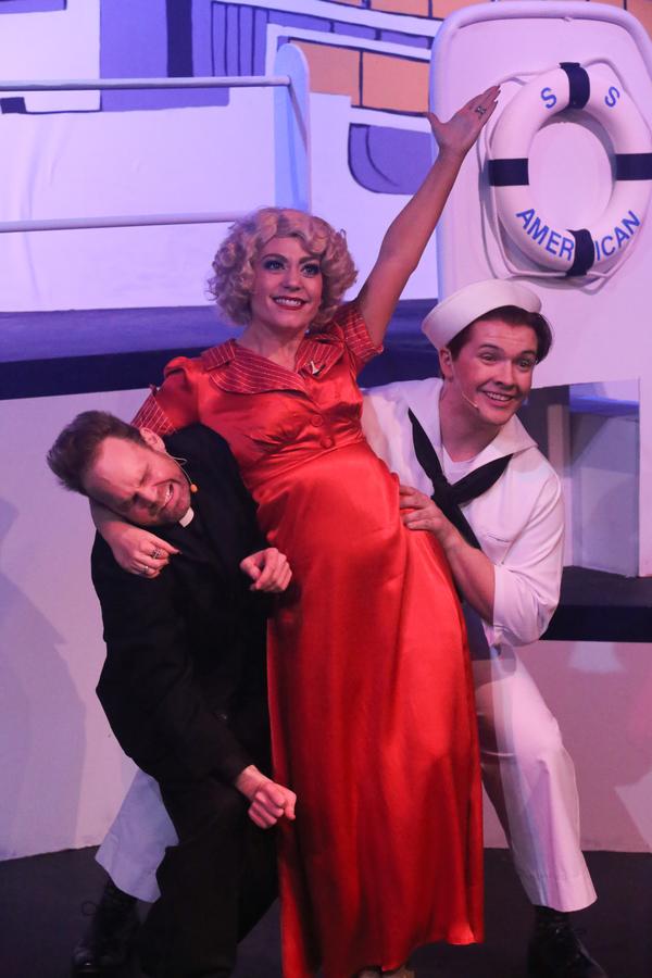Aaron Allen as Mooney, Sarah Porter as Reno, and Evan Fornachon as Billy Photo