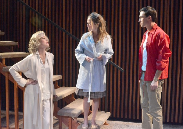Photo Flash: Melanie Griffith Stars in THE GRADUATE at Laguna Playhouse