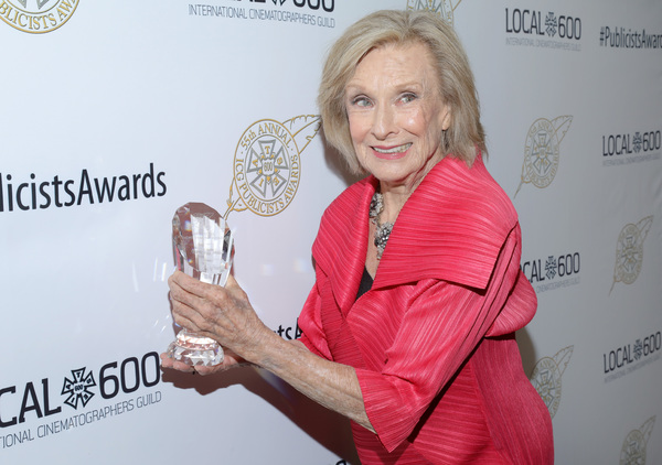 Cloris Leachman accepts Lifetime Achievement Award on behalf of Betty White at the 55th Annual ICG Publicists Awards
