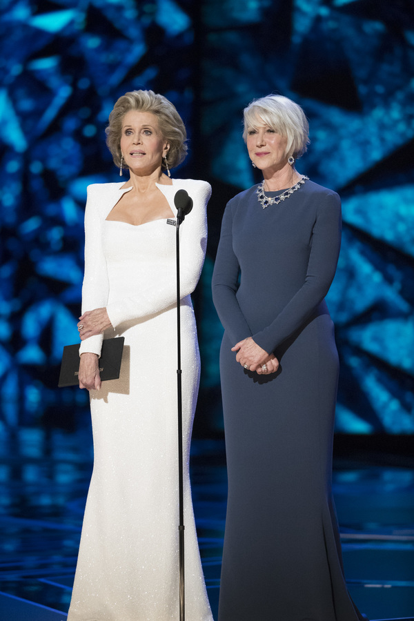 JANE FONDA, HELEN MIRREN Photo