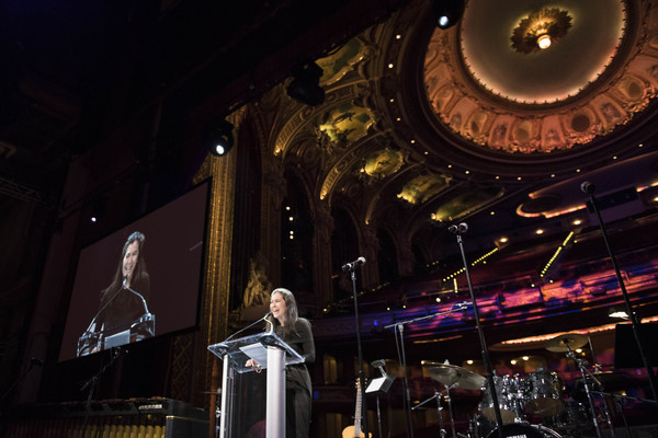 Photo Flash: Elizabeth Stanley Previews JAGGED LITTLE PILL at A.R.T.'s 2018 Gala