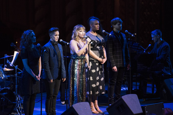 Jagged Little Pill cast members Laurel Harris, Soph Menas, Elizabeth Stanley, Nora Schell, Logan Hart, and music director Bryan Perri perform at the 2018 A.R.T. Gala. Photo: Liza Voll.
