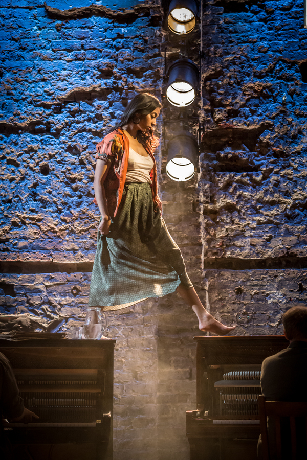 Photos: First Look at SUMMER AND SMOKE at Almeida Theatre
