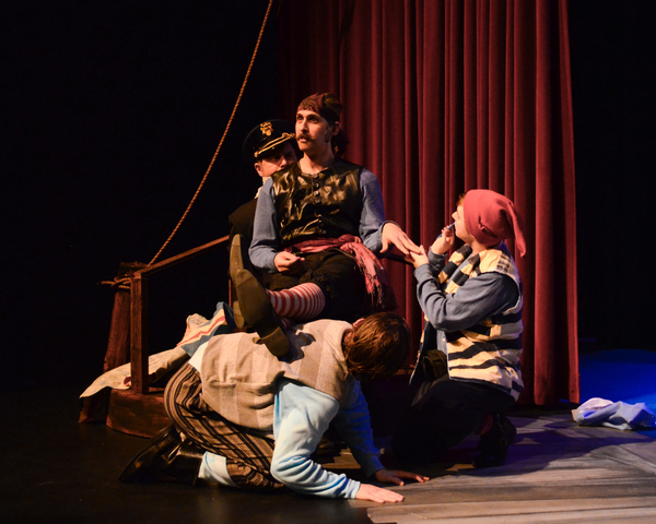 Robert Craighead as Captain Scott, Jason Gingold as Black Stache, Jaron Boggs as Pirate, Kylee Gano as Smee