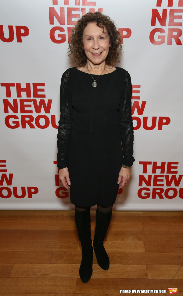 Rhea Perlman Photo